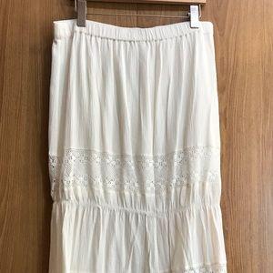 Kismet White Maxi Skirt Size L